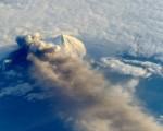 生命保険は火山の噴火などによる天災での死亡は対象外?
